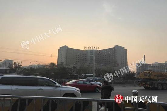 今天早晨,北京天气晴好。(图/李宇晴)