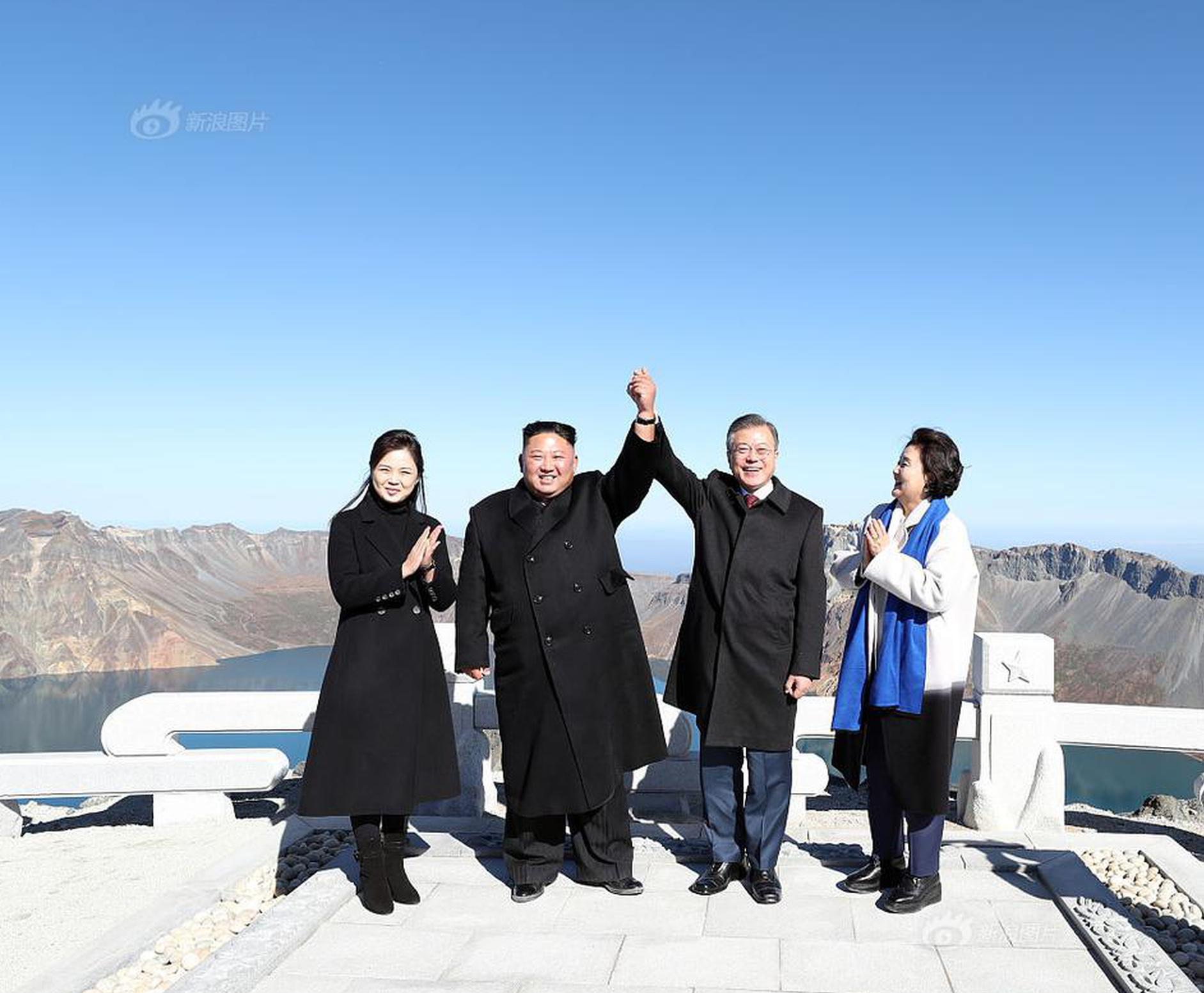 """中国驻埃塞俄比亚使馆回应""""200留学生滞留"""":已全部回国"""