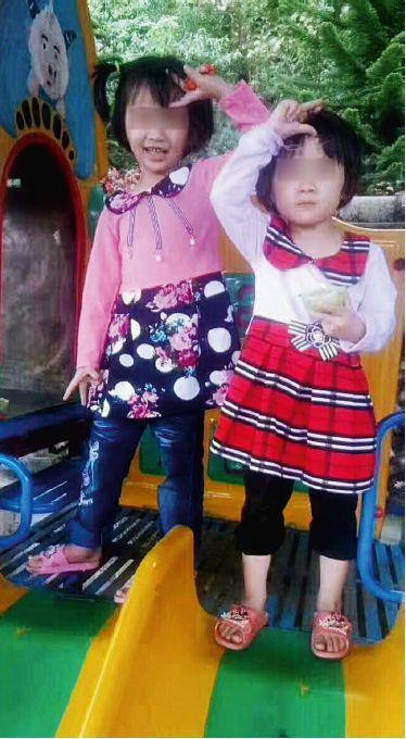 韦诗珊(左)和妹妹韦慧珊