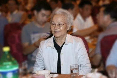 刘少奇长女去世,从小被卖做童养媳,中年家破人亡,遗愿让人泪目图片