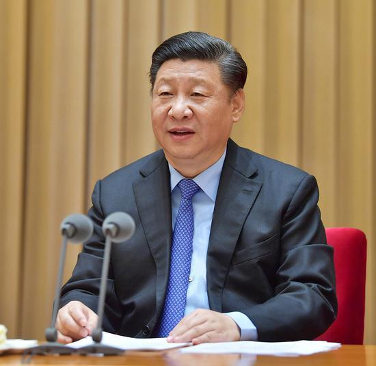 习近平出席全国网络安全和信息化工作会议并发表重要讲话。新华社记者 李涛 摄