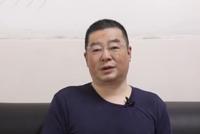 """视频 """"药神""""原型陆勇有家手套厂:电影上映后,库存卖空"""