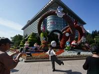 长安街沿线10处主题花坛亮相,市民来打卡