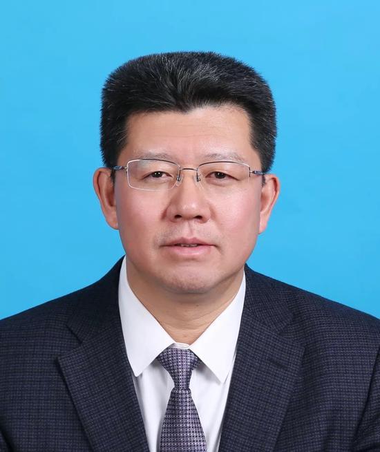 于庆丰当选北京怀柔区长 程海军当选区监察委主任图片