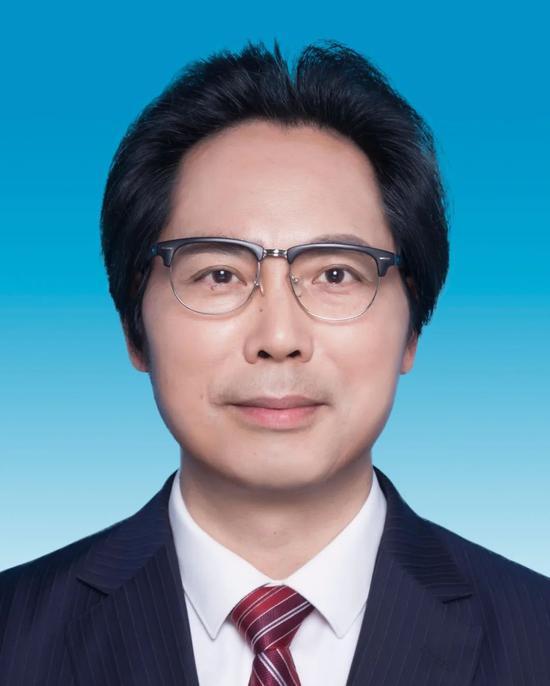 黄先海任浙江大学副校长
