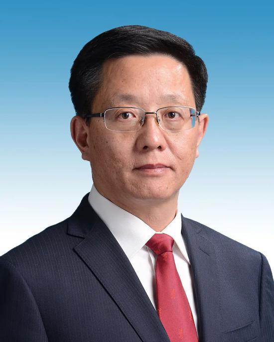 王予波任云南省代理省长图片