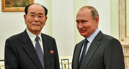 普京会见朝鲜最高人民会议常任委员会委员长金永南。(图源:俄罗斯卫星网)