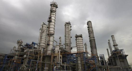 ▲伊朗阿巴丹炼油厂