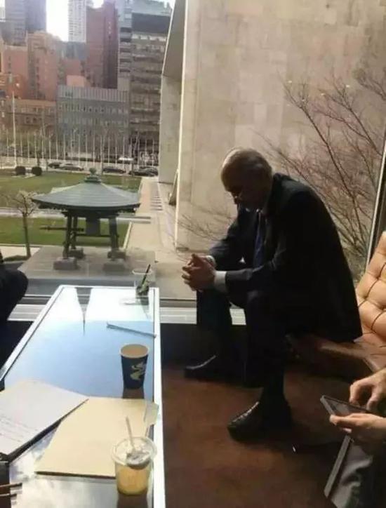 叙利亚驻联合国代表巴沙尔・贾法里