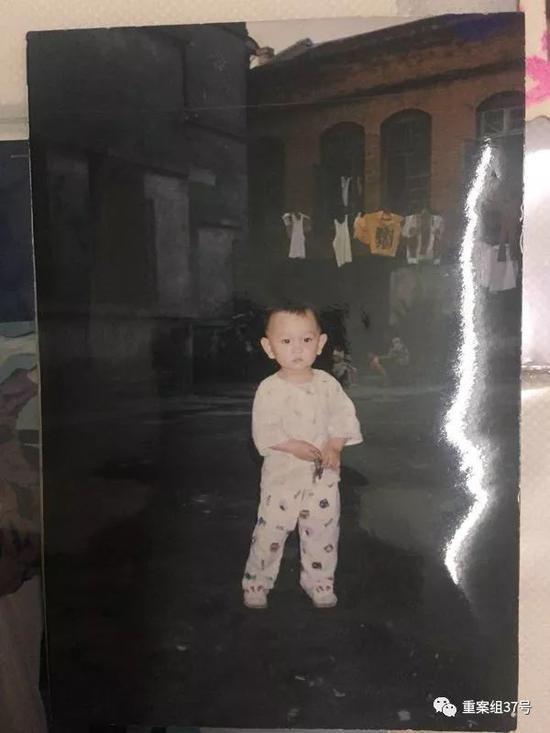 ▲1992年6月,保姆进门7天后带着盼盼失踪。受访者供图