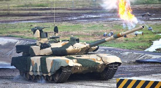 印度取俄罗斯签订了购置460辆T-90SM坦克的条约