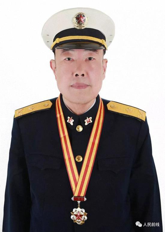 王克强将军军装照