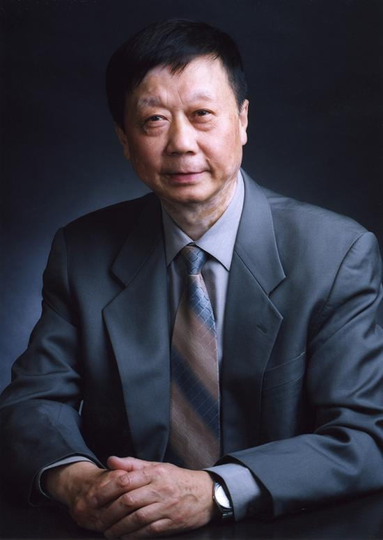林尊琪 中国科学院上海光学精密机械研究所网站 资料图