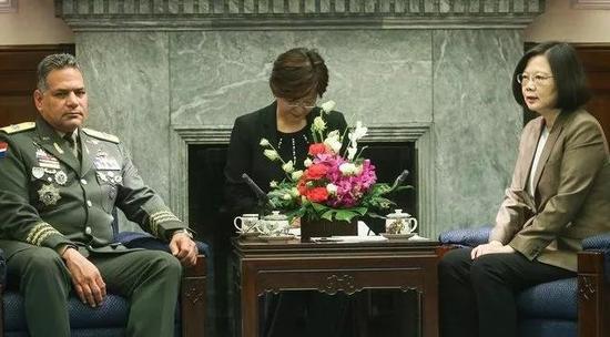 蔡英文去年10月23日接见多米尼加国防部长 来源:台媒