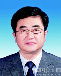 慕德贵任贵州省人大常务委员会副主任(图/简历)图片