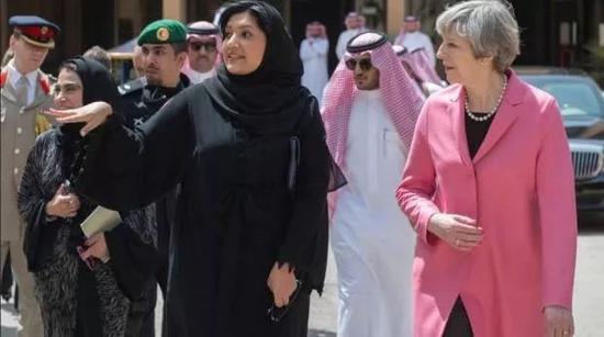△2017年,瑞玛公主到访英国,受到首相特蕾莎·梅接待。