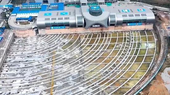 ▲后溪长途汽车站(新华社报道截图)