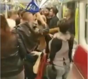 视频|香港地铁三名辱骂中国人的外国人被打