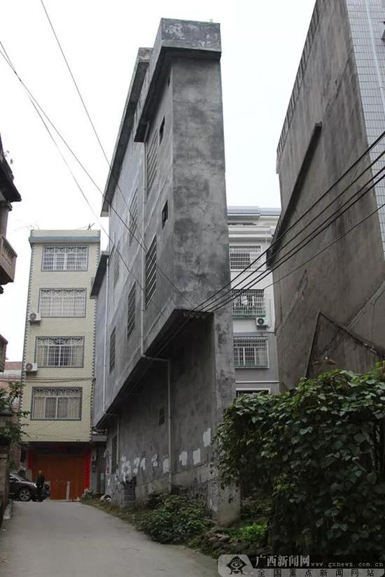 该楼房最薄的地方仅有43厘米 本文图均为 广西新闻网 图