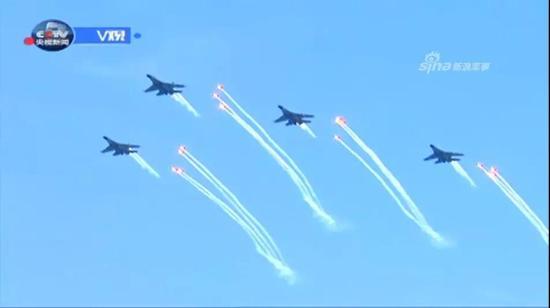 海军航空兵歼-11战机