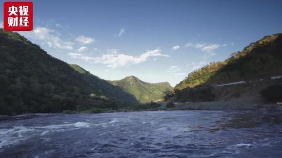 中方为该国建的水电站 能满足其5到10年电力需求