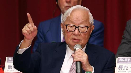 6月5日,张忠谋最后一次主持股东大会并出席记者会。来源:台湾经济日报