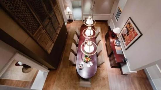 """酒店""""殖民庄园""""套房为双层结构。图片来源:酒店官网"""