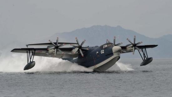日本US-2水上飞机。