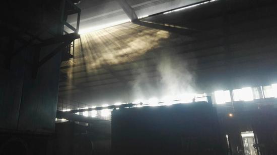 图1炭化炉车间无组织排放严重