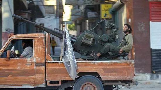 """▲叙利亚境内的""""基地""""组织成员"""