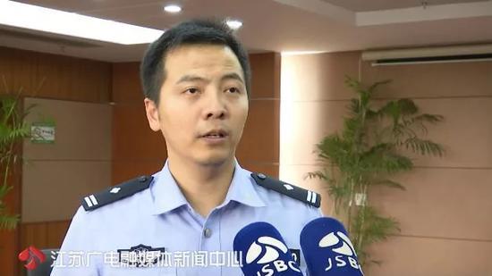△ 昆山市公安局警方公共关系科科长诸淳表示,警方办案不会受到舆论的影响。