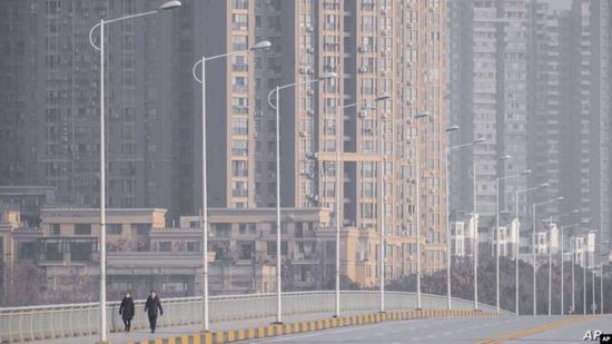 环球网:倡议坚决复产 确诊病例已多日零增长的地级市应带头发力图片