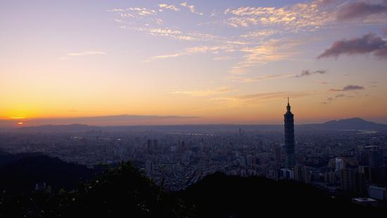比电影更精彩的台湾政坛:商政黑道三种势力交织