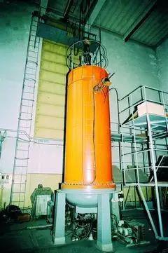这台250万电子伏静电加速器,一直为共和国服役到2000年前后。