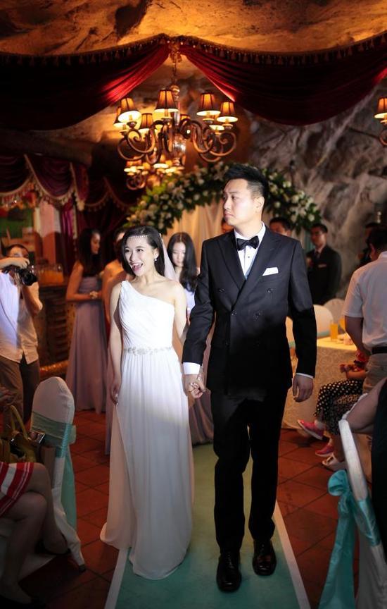 婚礼上的廖智