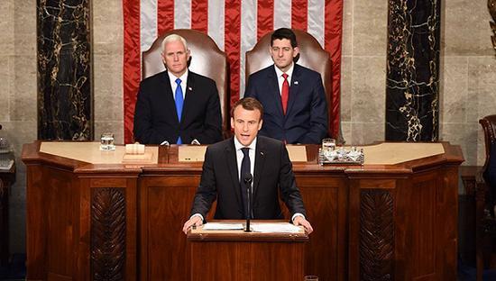 2018-06-22,法国总统马克龙在美国国会发表演讲。图片来源:视觉中国