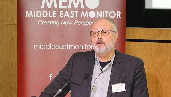 2018年9月29日,英国伦敦,沙特记者贾迈勒·卡舒吉出席《中东箴言报》举办的活动。图片来源:视觉中国