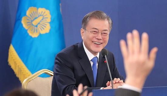 文在寅10日表示,相信金正恩必将访韩。