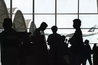 在上世纪90年代,香港曾应用调解去处理机场工程中出现的争议,并促使香港调解会的成立。