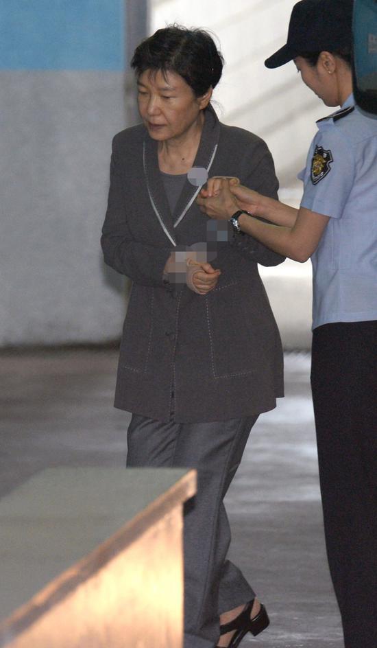 朴槿惠案开庭审理116次,后期本人拒绝出庭