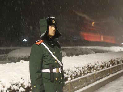风雪中执勤 这才是最美的雪景