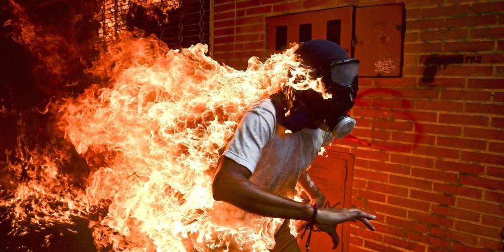 2018荷赛新闻摄影奖揭晓《委内瑞拉危机》获年度新闻照片奖