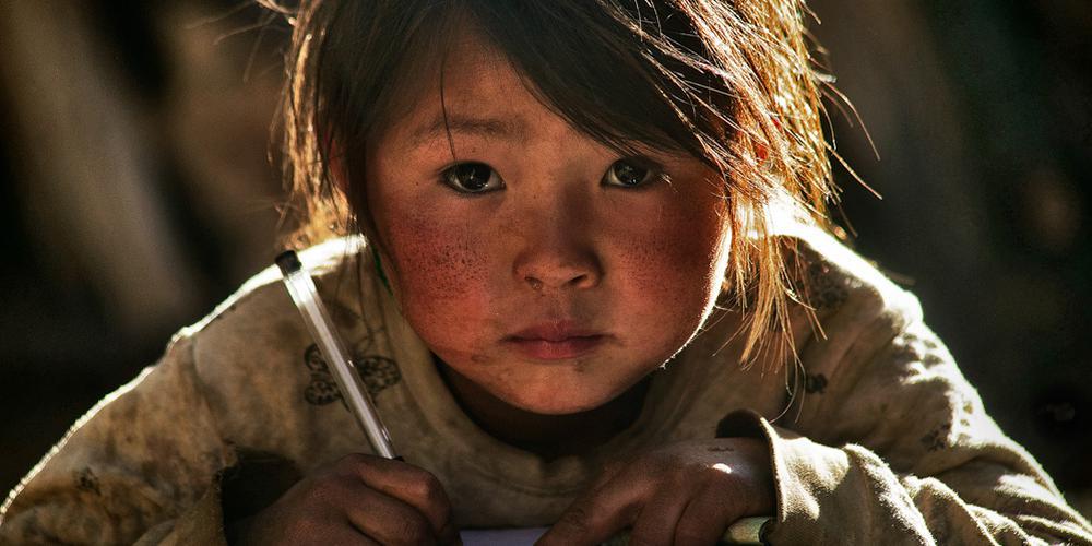"""""""一个都不能少""""中国扶贫公益摄影大赛第三季度入选作品"""