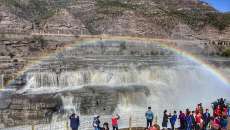壶口瀑布现彩虹桥景观 跨越秦晋两省