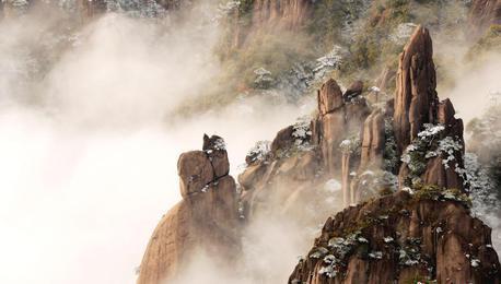 三清山雪后初晴 云雾飘渺恍若仙境