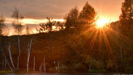 秋色斑斓阿尔山