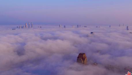 江西多地出现大雾天气 南昌城区现壮美云海景观