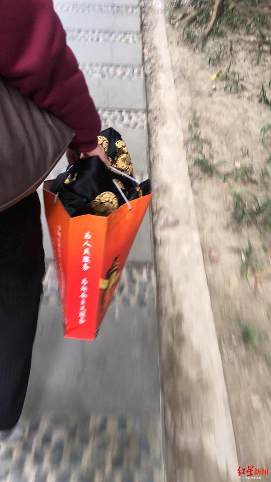 「必赢亚洲哪个比较赢钱」杜凯瑞:黄金加息迎终极审判 原油逢高做空