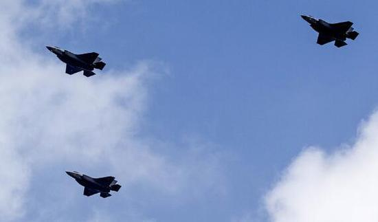 美44名议员联名敦促防长停止向土耳其交付F-35战机。(图源:今日俄罗斯)