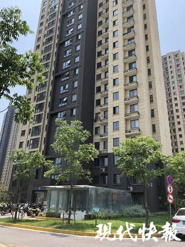 惠韵家园15栋楼下